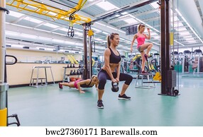 Crossfit Training At A Gym Art Print Poster